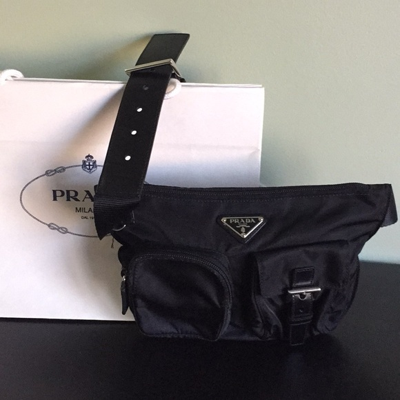 e4ee6086cb95 Authentic Prada waist bag with belt. M 5a7cb4062ab8c53986915e06